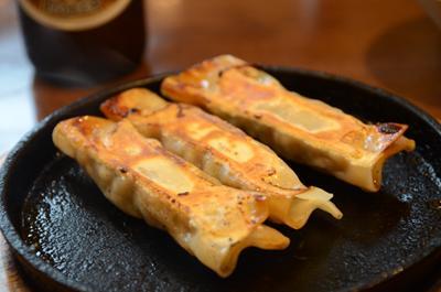 [画像がありません]鉄板焼餃子