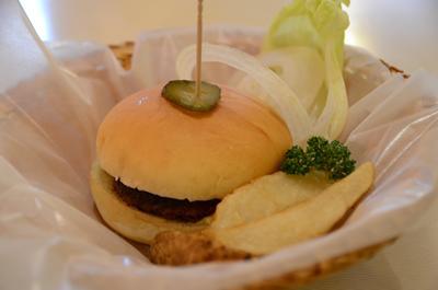 [画像がありません]ハンバーガーセットのハンバーガー