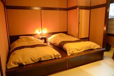 [画像がありません]今日のお部屋の寝床