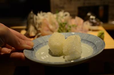 [画像がありません]岩魚の刺身についてきた寿司飯