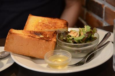 [画像がありません]バタートースト