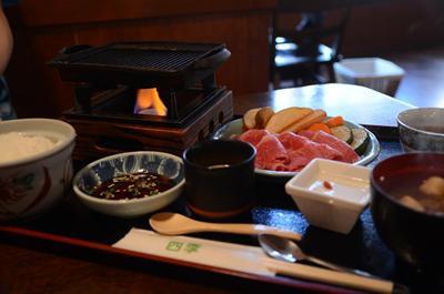 [画像がありません]飛騨牛焼き肉定食
