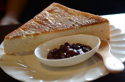 [画像がありません]バタートーストあずき添え