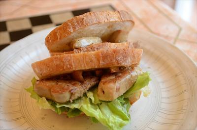 [画像がありません]フォアグラのサンドイッチ