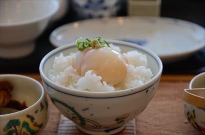 [画像がありません]白飯+温泉卵