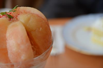 [画像がありません]飛騨桃パフェ