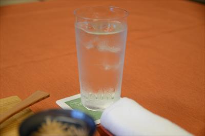 [画像がありません]お水