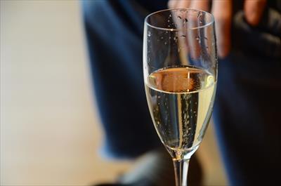 [画像がありません]シャンパン