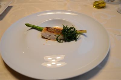 [画像がありません]三重県から届いた真鯛のポワレ 甲殻類のソース